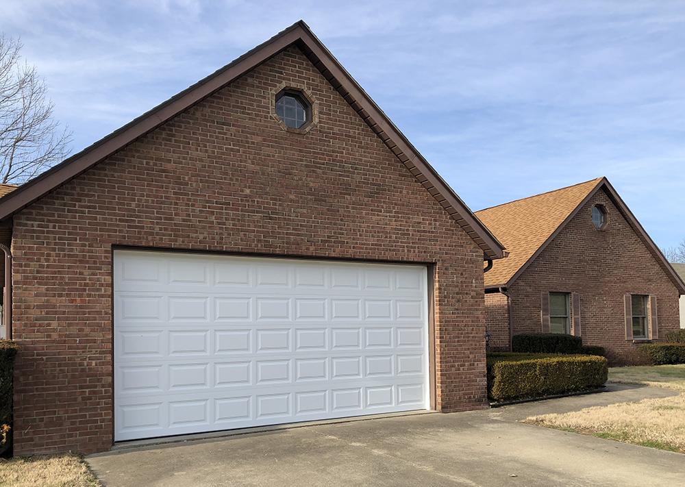 This garage door is WHITE!
